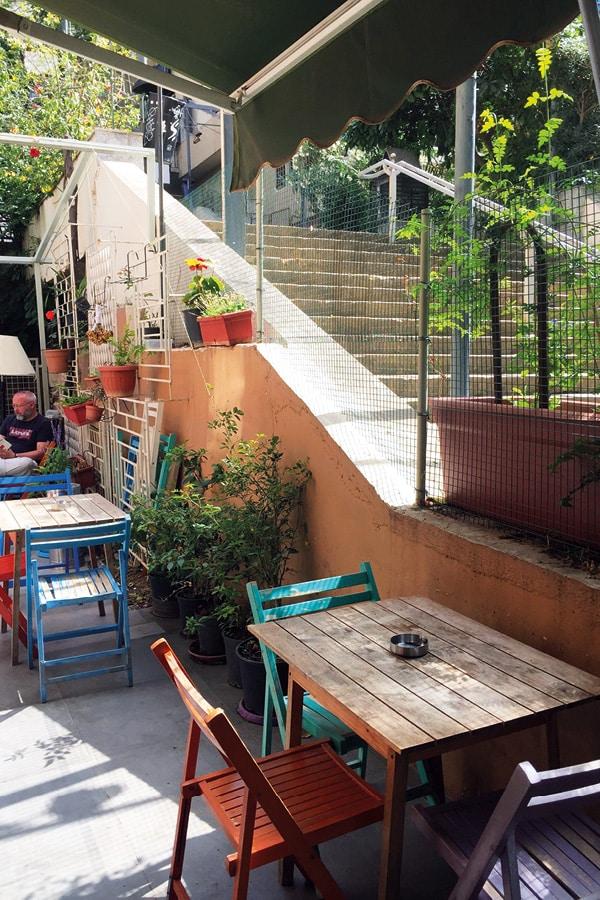 beyrouth grand meshmosh hotel restaurant